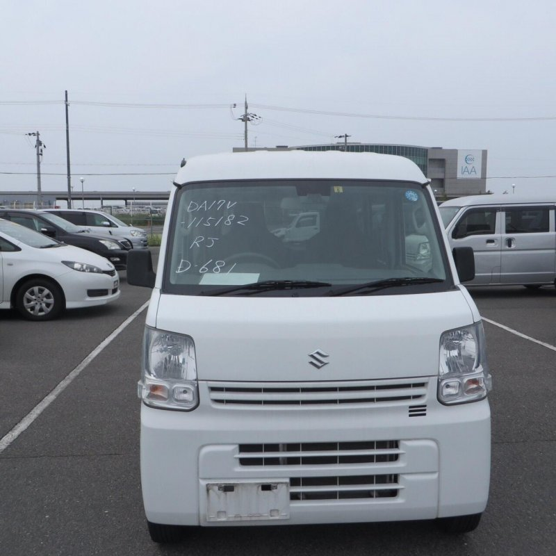 Suzuki Every 2015