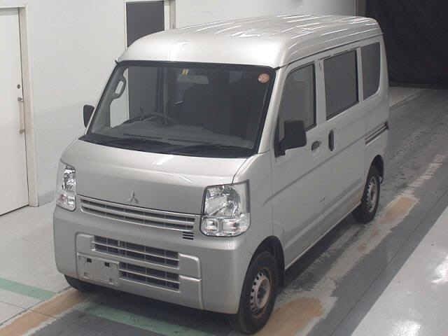 Mitsubishi Minicab Van 2017