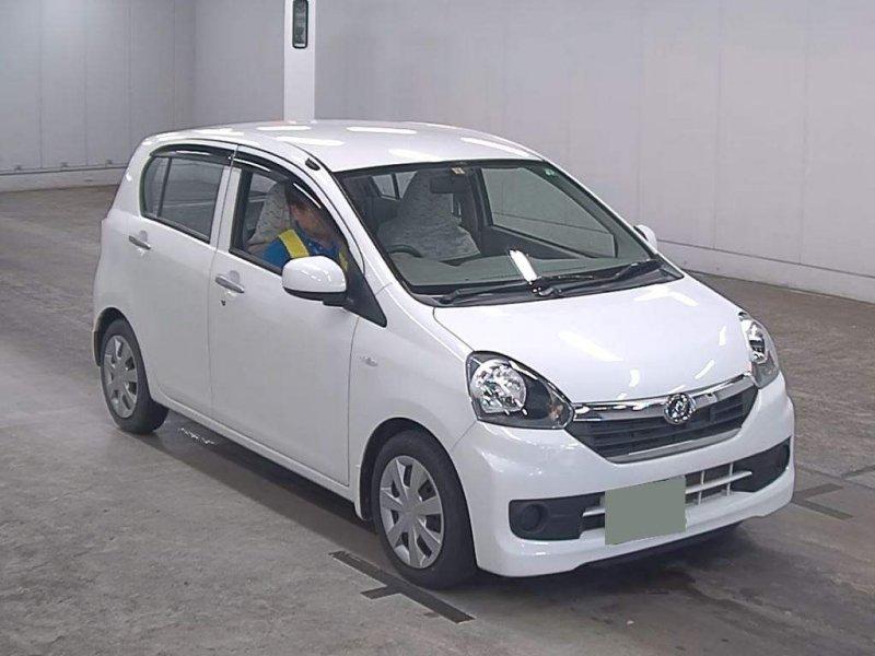 Daihatsu MIRA 2016