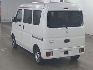 Nissan Clipper Van 2015